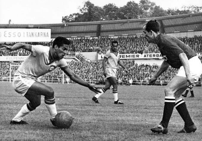 Manè punta uno João svedese nella finale del Mondiale del '58