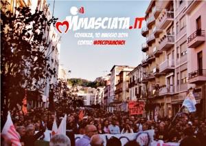 #DecidiamoNoi, il corteo che ha seguito gli interventi dal palco su Corso Mazzini di Cosenza