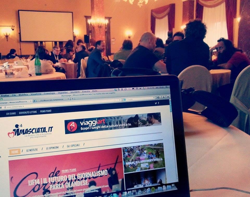 Perugia: riunione Mmasciata.it accanto alla riunione di Gazebo