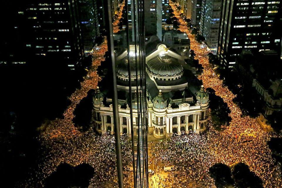 Giugno 2013, oceaniche proteste anticorruzione in Brasile (FOTO di Felipe Diana)