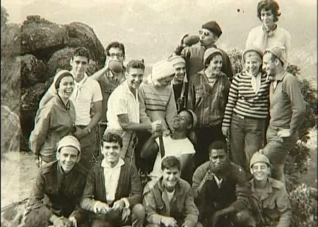 Gruppo di escursionisti a Rio; fra loro Libero Giancarlo Castiglia e Osvaldo da Costa, i futuri comandanti guerriglieri Joca e Osvaldao.