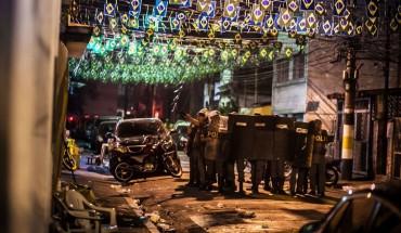 Il videomaker autore di queste immagini durante cariche della polizia brasiliana è stato arrestato.