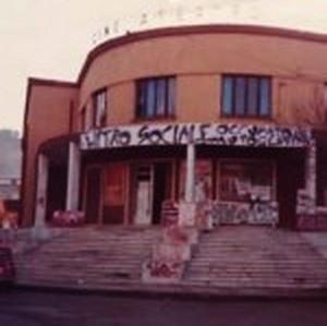 Il cinema Italia di cosenza occupato agli albori degli anni '90