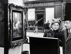 Robert Doisneau, Un regard oblique, 1948.  (da www.vixstatic.com)