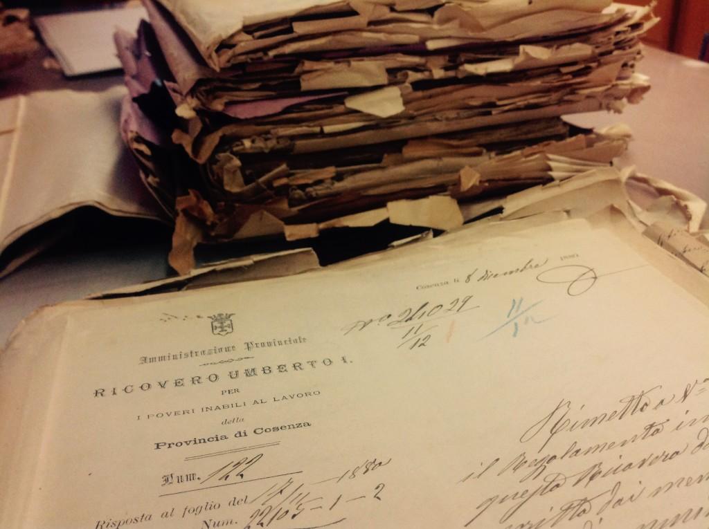 I faldoni dell'Umberto I custoditi presso l'Archivio di Stato di Cosenza