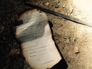 Uno dei documenti sopravvissuti alle razzie e agli incendi