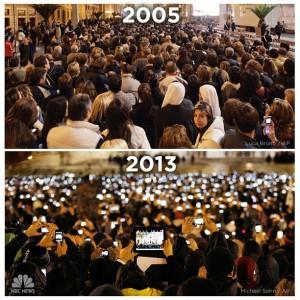 Piazza San Pietro nei giorni delle elezioni di Papa Benedetto e Francesco, foto molto usata nelle masterclass su giornalismo e tecnologia