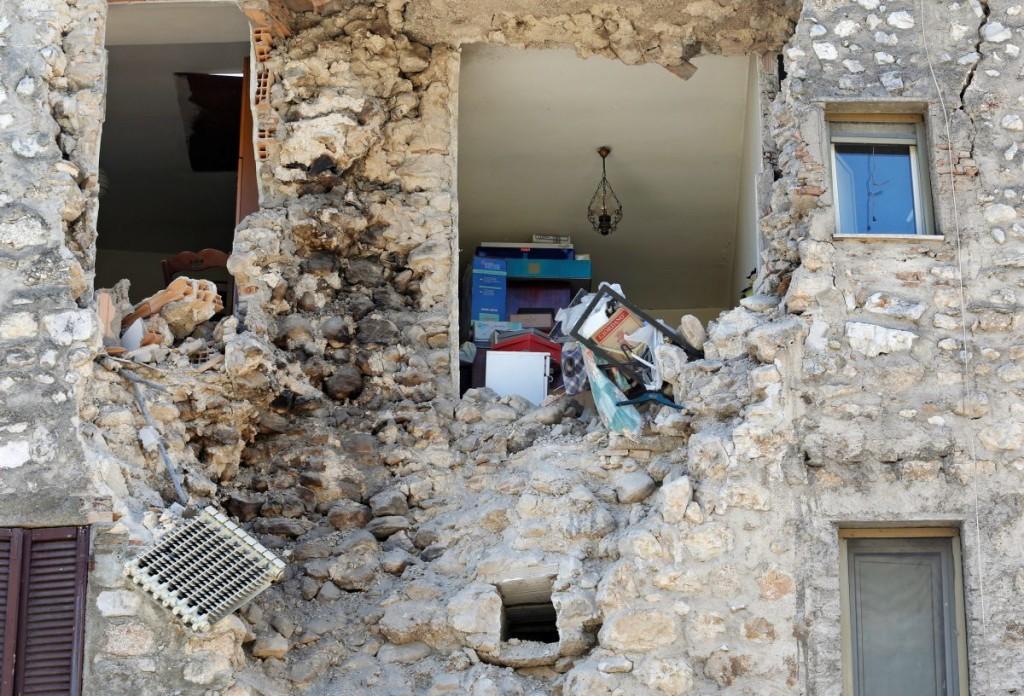 norcia-terremoto-casa