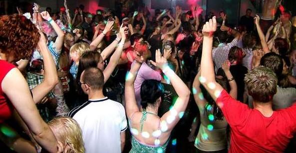 discoteca-rave-festa